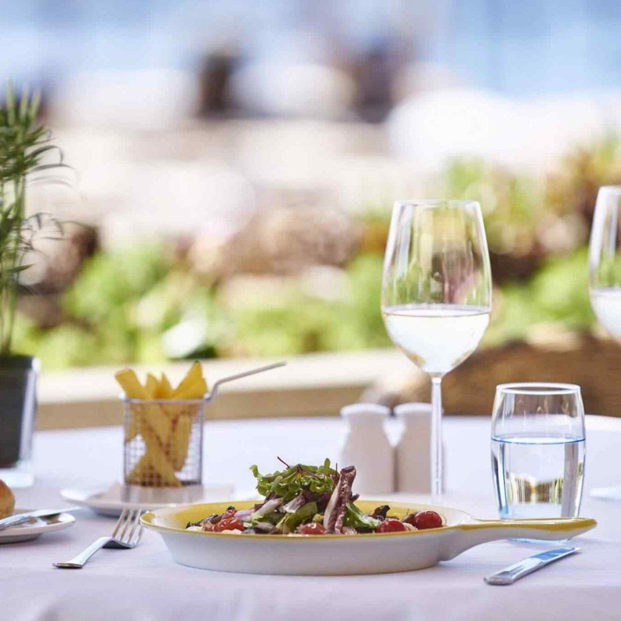 https://theglam.es/wp-content/uploads/2017/08/restaurant-01-6-1280x1280.jpg